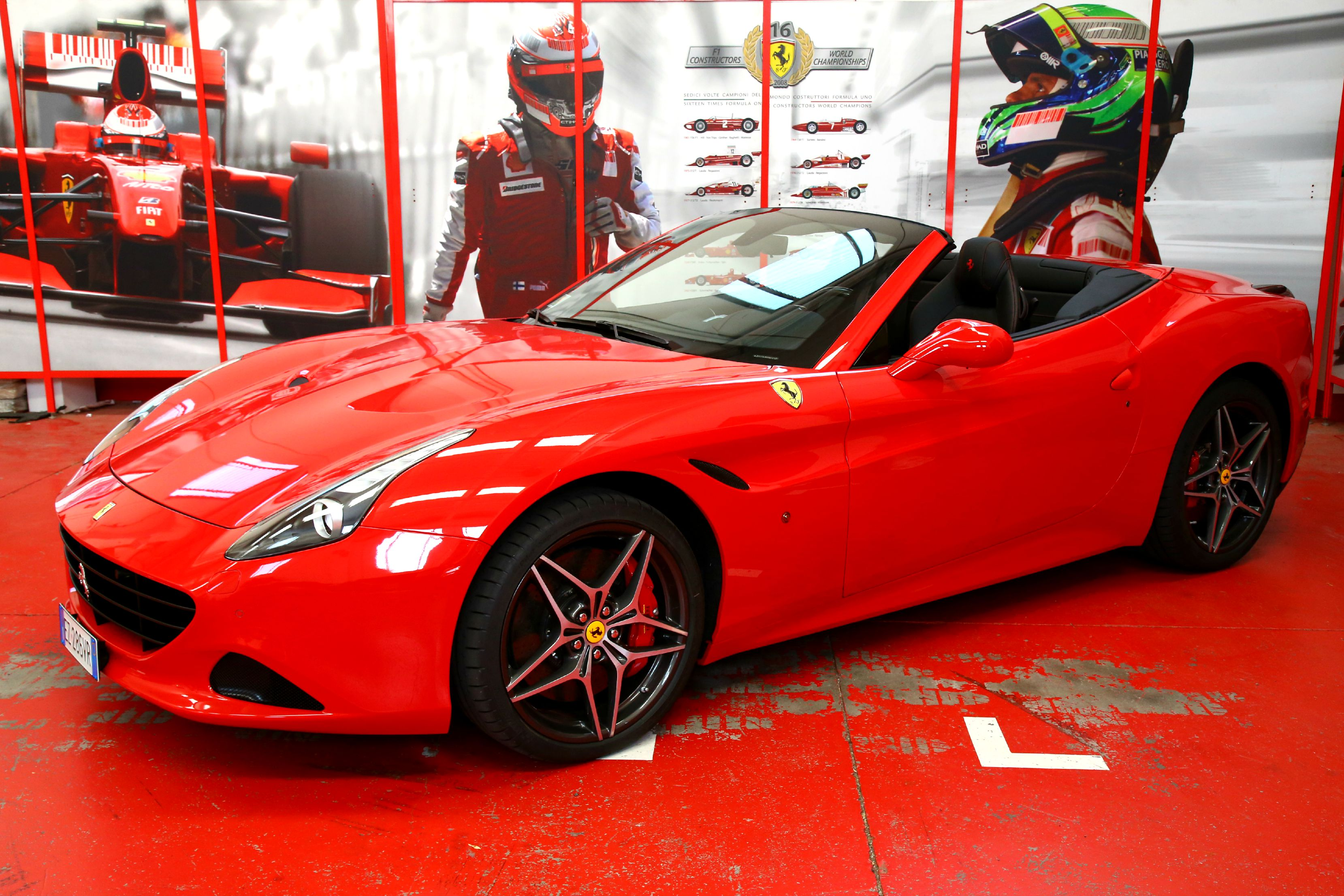 ferrari 458 spider car driving experience picture